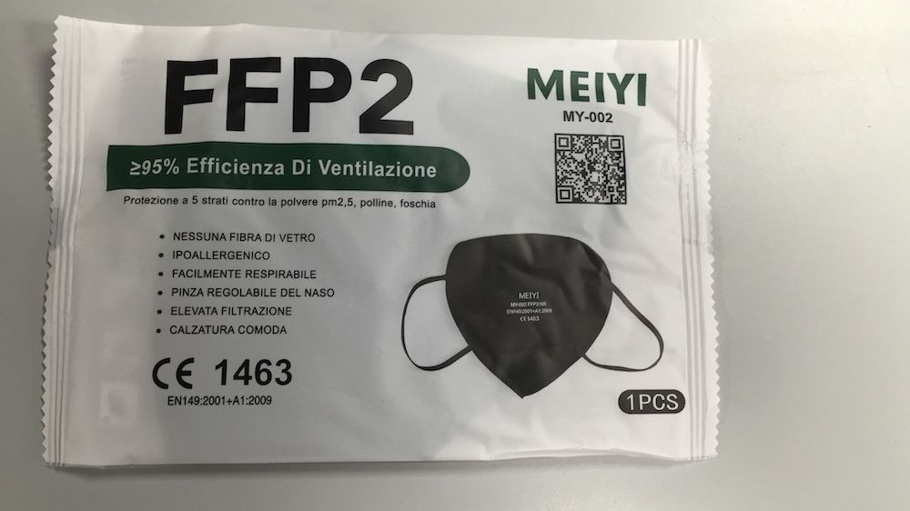 Mascherina FFP2 CE1463 Colore Nero - Arcafarma.it