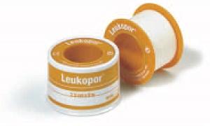 LEUKOPOR CEROTTO IN ROCCHETTO IPOALLERGENICO TNT BIANCO 1,25X500 CM - Farmapage.it